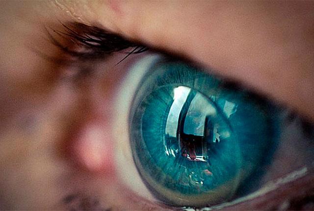 adaptacion lentes de contacto