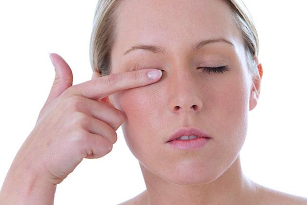 ojo seco una de las causas del tic en el ojo