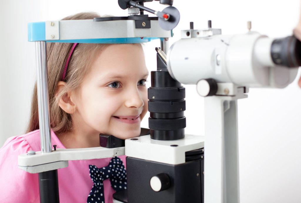 revisión ocular niños