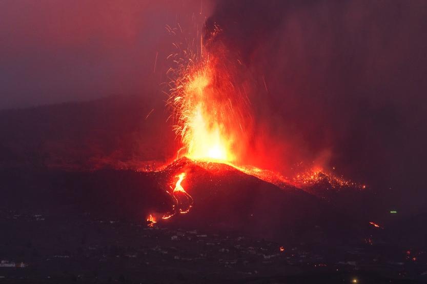 Efecto de la ceniza de volcán en los ojos y cómo protegerse